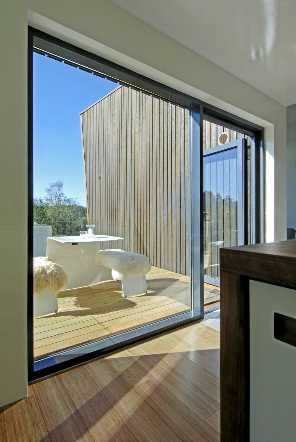 ALTERNATIVE UTEROM: Mange terrasser sikrer eiere mot stikkende sol og lunefull vind.