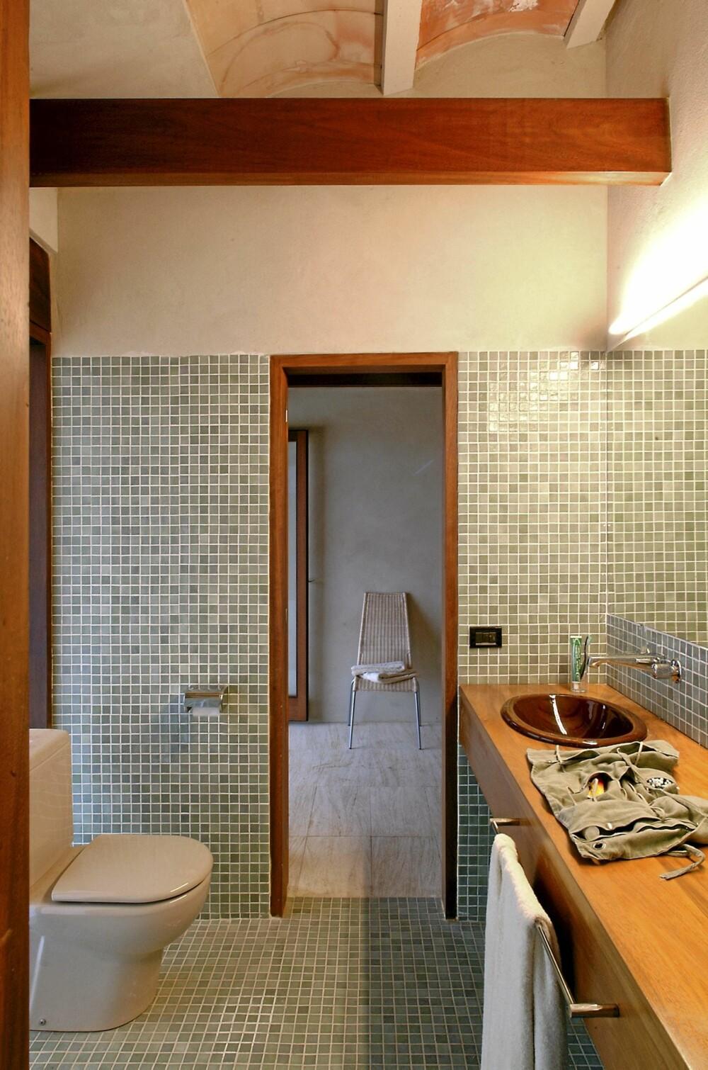 HARMONI: Ogås badet preges av den enkle og rene designstilen. Det gir miljøer som stimulerer til ro og ettertanke.