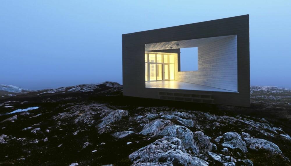 TROLSK: Hyttene som arkitekt Todd Saunders har tegnet på Fogo Island lyser som lamper eller store, trolske øyer i nattemørket.