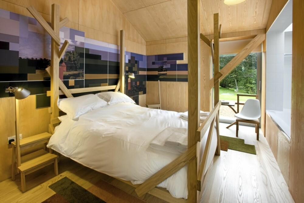 ROMSLIG: Låven har 8 sengeplasser og er på 210 kvadratmeter.