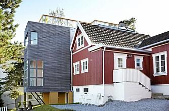 KONTRASTER. Ferdig tilbygg. Både tilbygg og opprinnelig hus har fått ny fasade, men i ulike stiler.