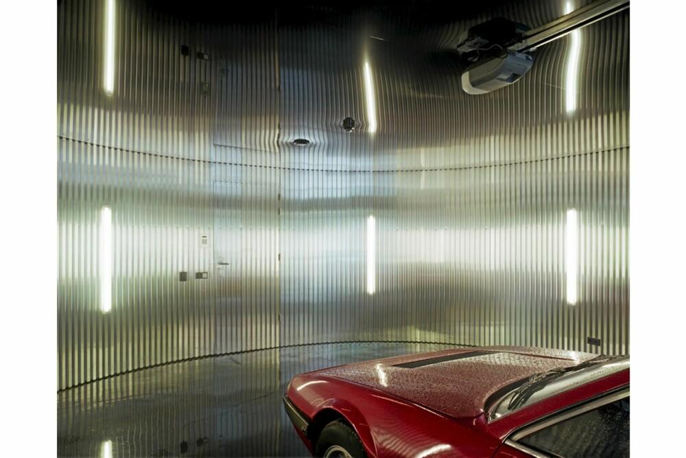 KULT FOR KJERRA: Garasjen har også fått et design som matcher innovasjonsnivået i resten av huset.