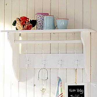 HYLLE: Kjøkkenhylle fra Countrystyle.se, 549 sek.