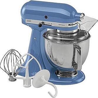 HJELPEN ER NÆR: En helt ny kjøkkenmaskin fra KitchenAid fås for 2500 kroner hos Overstock, som er halv pris. Husk at frakt og toll kommer i tillegg! FOTO: Overstock.com