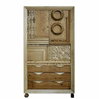 UNIK MOSAIKK: Robi Renzis skap er et puslespill av ulike møbeldeler.