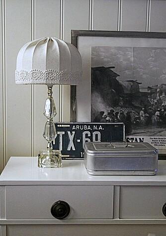 HVITT: Det er mye lyst og hvitt i år, både på vegger og møbler.