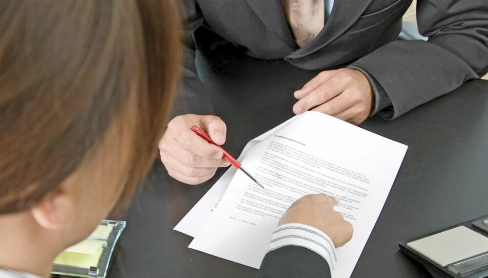 BOLIGSALGSRAPPORTEN: Ifølge Forbrukerrådet bør man være kritisk til alle salgsdokumenter og stille spørsmål.
