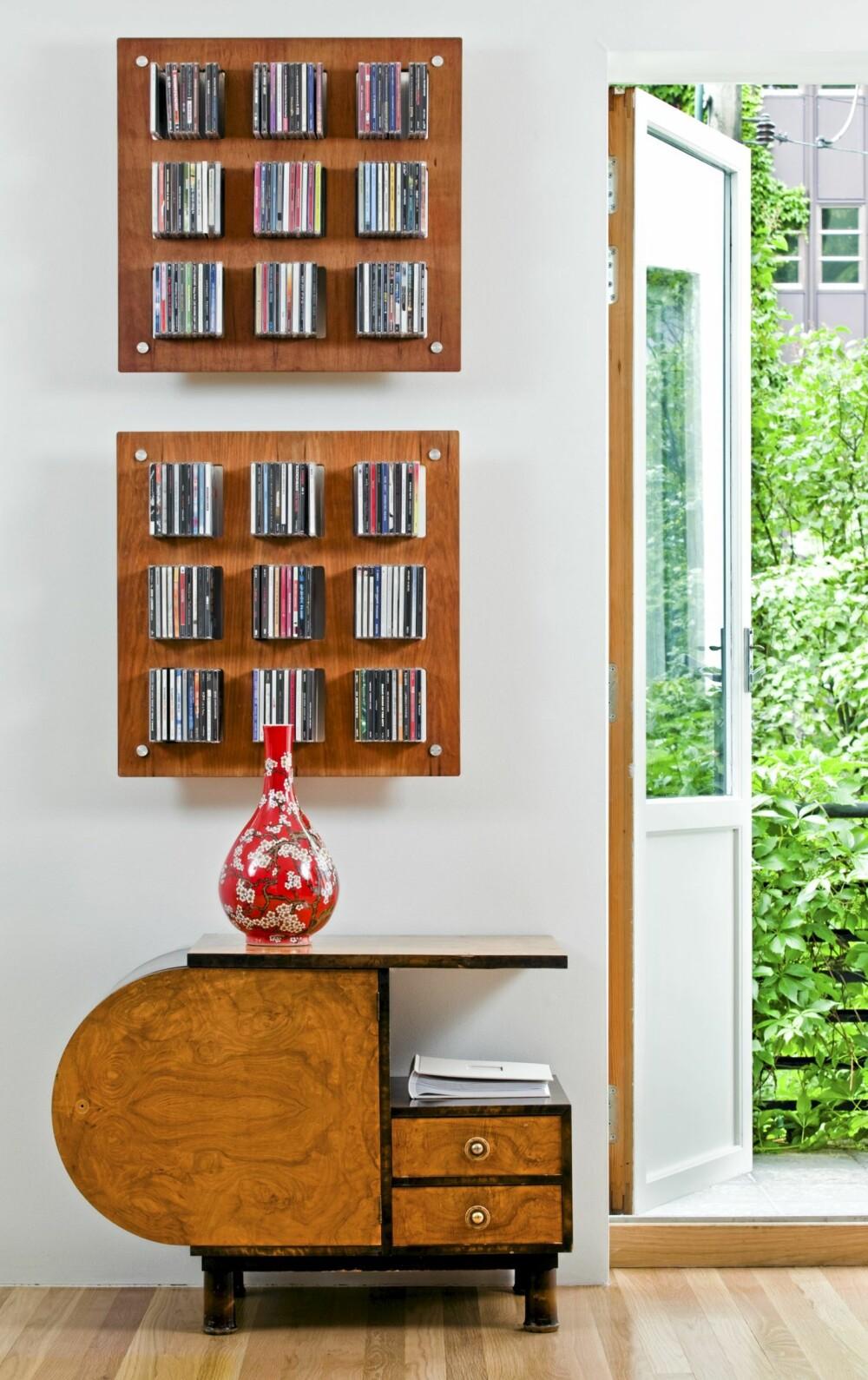PASSER SAMMEN: Samspillet mellom eldre og nye møbler går som en rød tråd gjennom hele prosjektet.