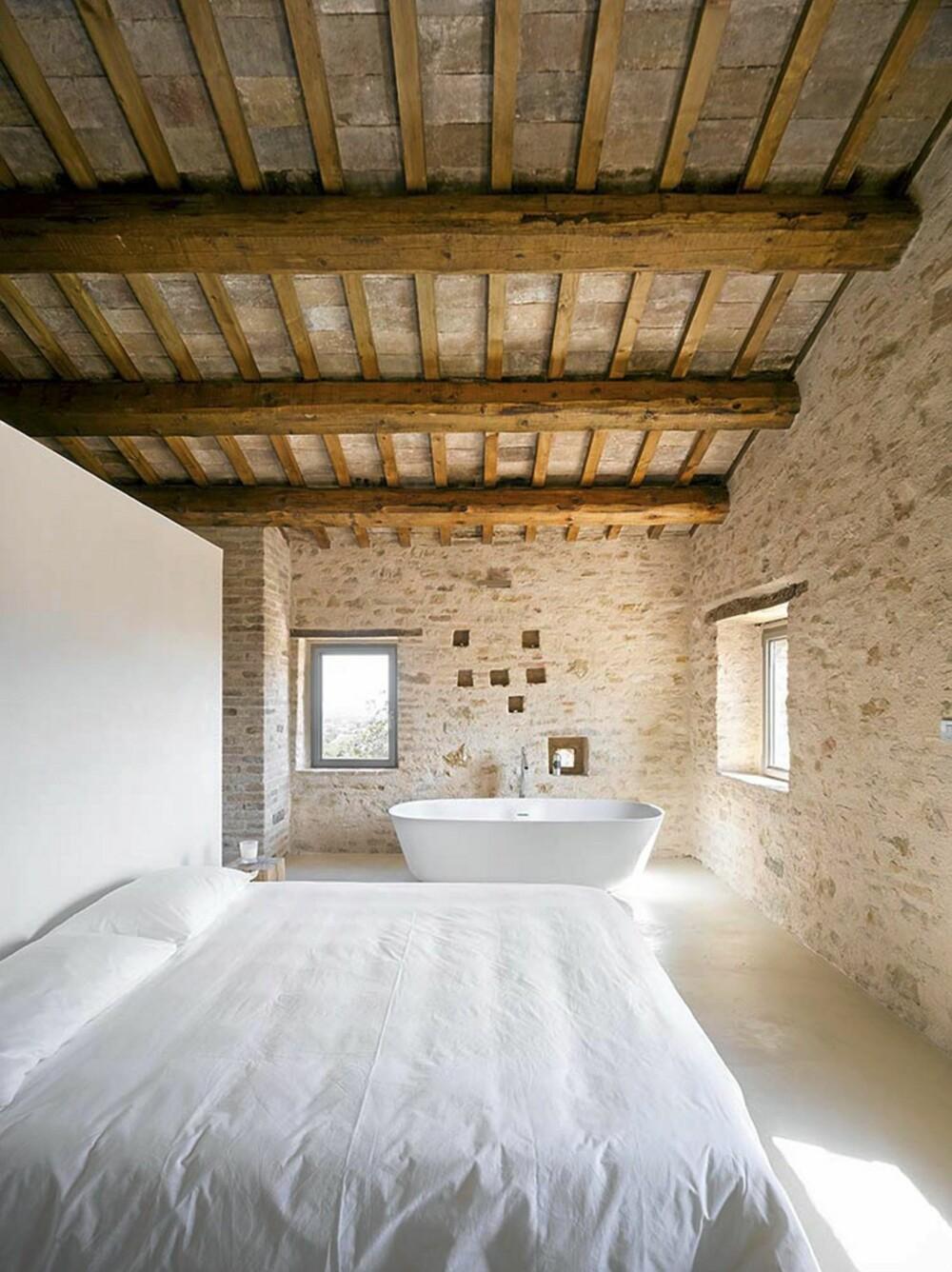 LUFTIG: De luftige soverommene har et rustikt og åpent uttrykk.