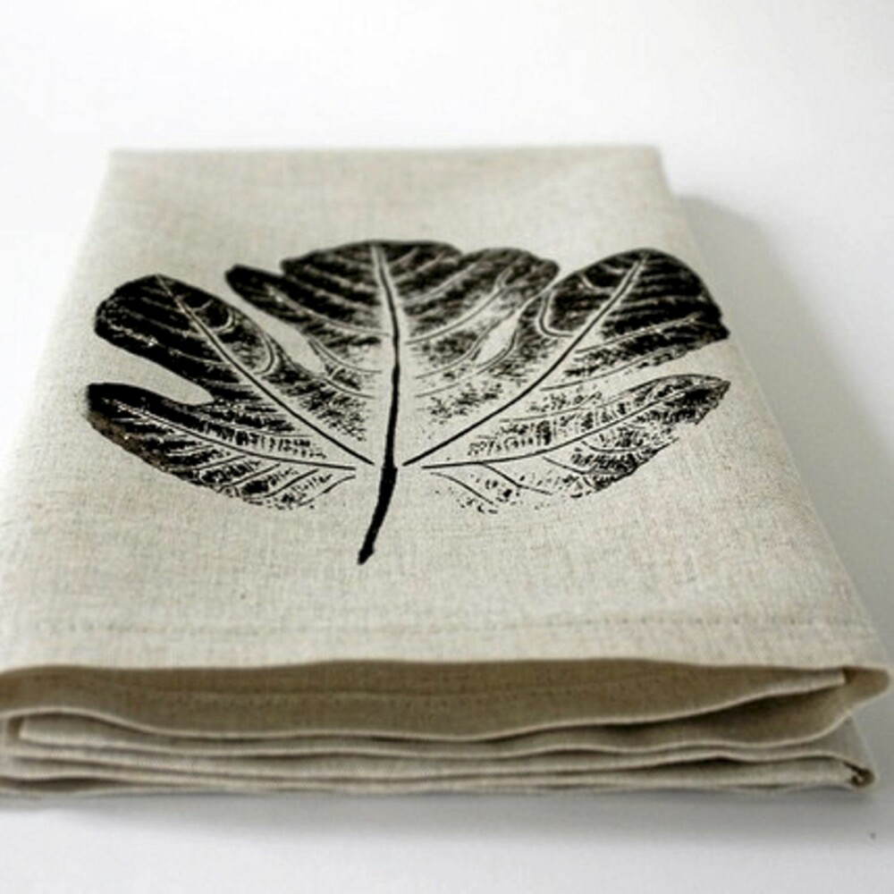 Håndkle med bladmotiv fra Lovely Clusters.