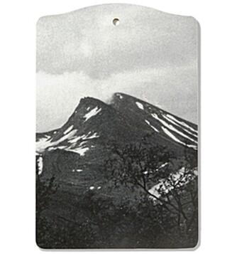 Tøff brødfjøl med fjell.
