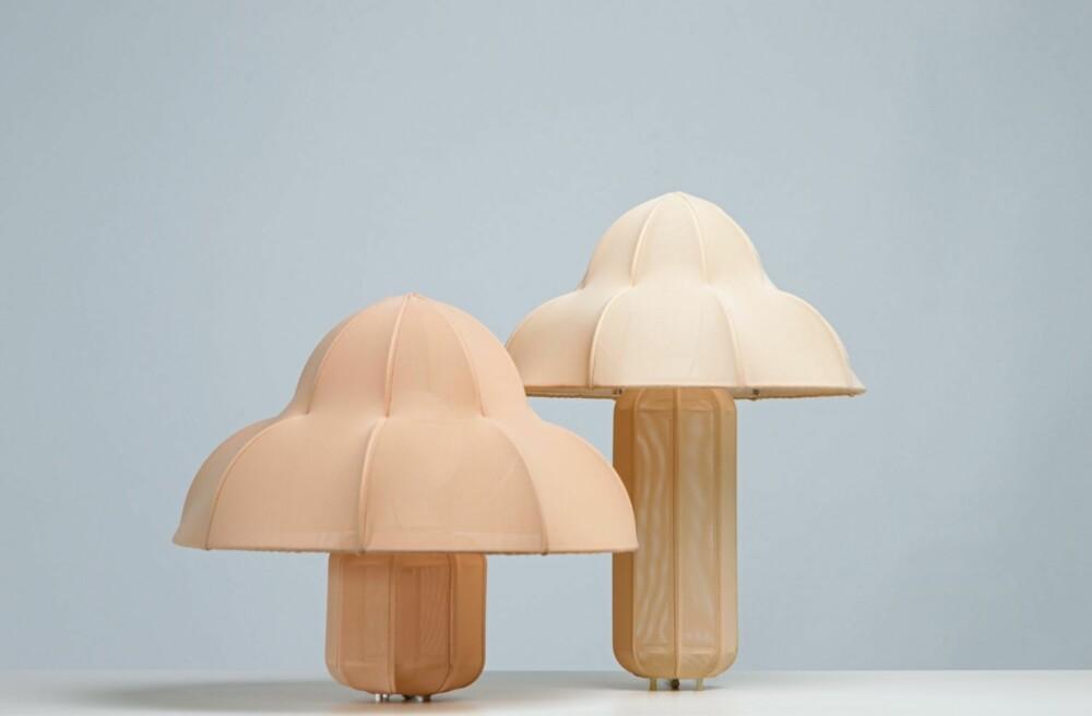 RAY LAMPS: Bordlampen designet av Kristine Five Melvær finnes i to varianter.