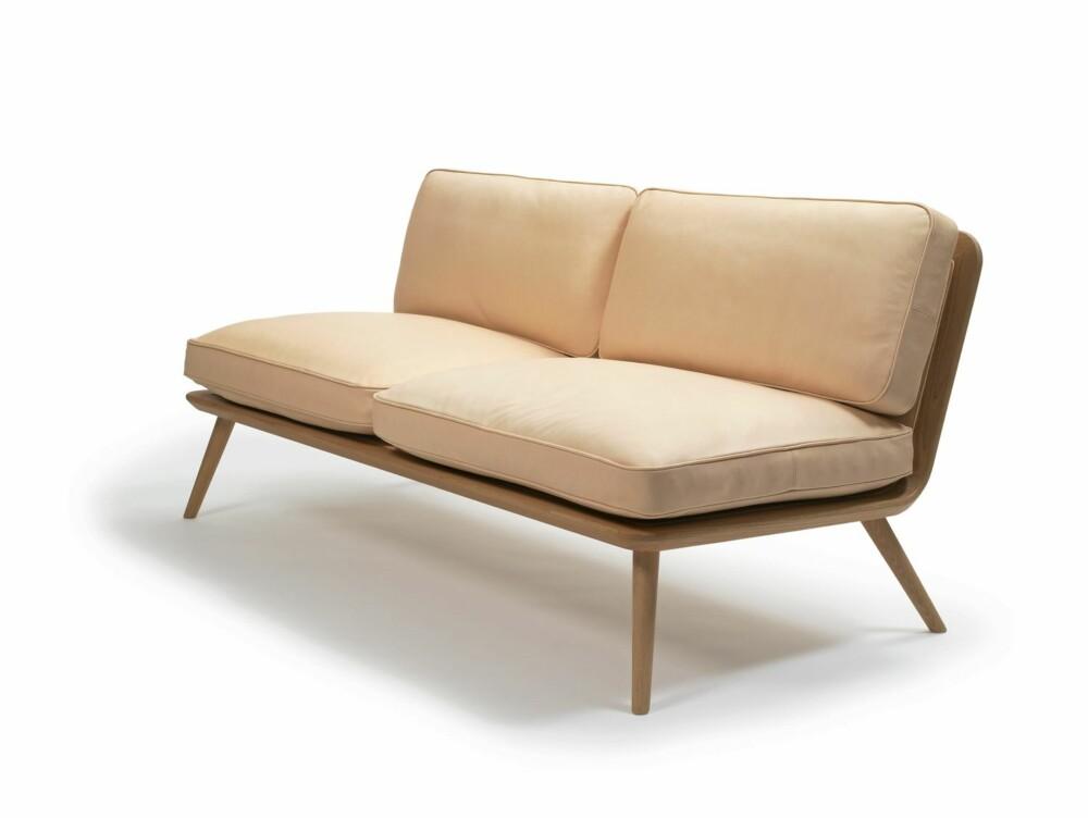NORDISK FORM OG FARGE: Spine sofa fra Fredericia er trygt forankret i skandinavisk designtradisjon.