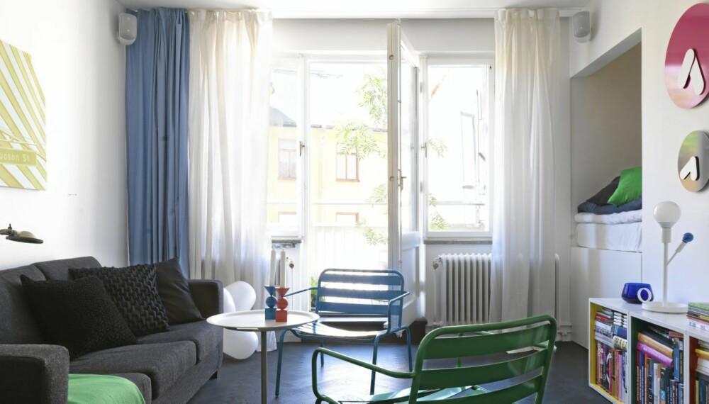 PLASSBESPARENDE: I denne leiligheten på 36 kvadratmeter i Stockholm har eieren flyttet sovealkoven inn i veggen, og på den måten fått ekstra plass.