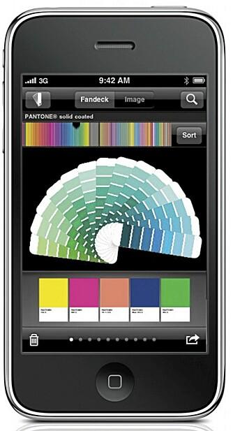 REGNBUEN: Med appen MyPantone kan du bla deg gjennom tusenvis av fargeprøver før du finner den rette.