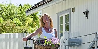 HVITT MILJØ: Interiørdesigner Marianne Hafskjold gjør boligen lys med hvitt.