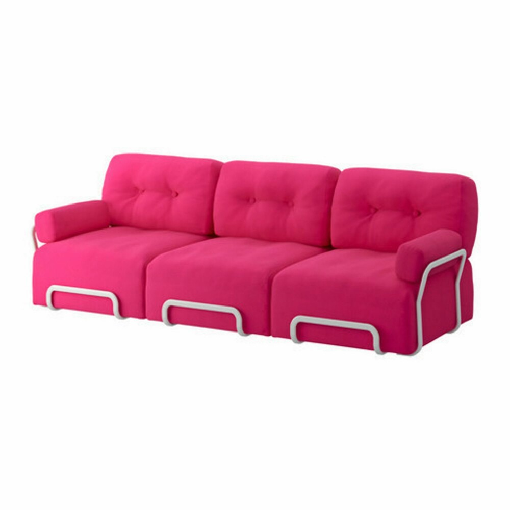 TA PLASS: En rosa sofa som dette innbyr til en real fargefest i stua.