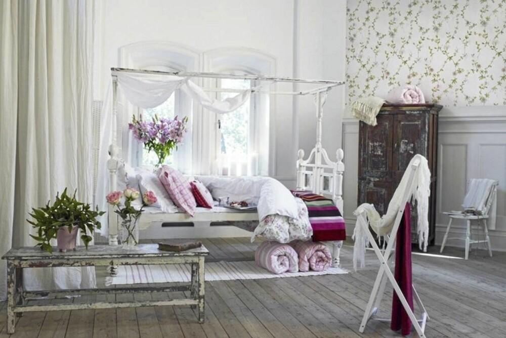 LITT SLITENT: Det er mange i interiørverdenen som har sett seg grundig lei på hvitmalte møbler og duse rosemønstre.