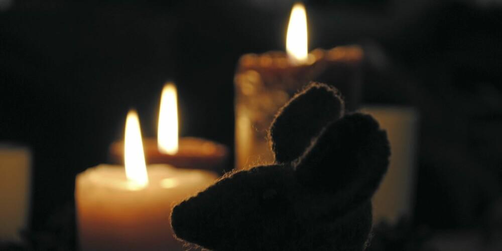 DUFT AV JUL: Det er kommet mange forskjellige duftlys som skal sette oss i deilig julestemning. Slik lys kan gi overømfintlighetsreaksjoner hos allergikere.