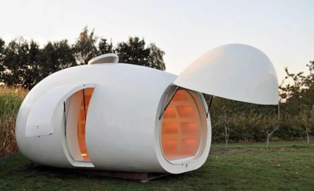 """FUTURISTISK: Formen på """"""""bygget"""""""" gjør at den fint kan passere for kunst."""