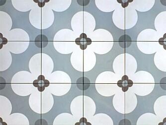 HISTORISK DESIGN: Historiske fliser selger fliser med mønstre og design med nostalgisk vri.