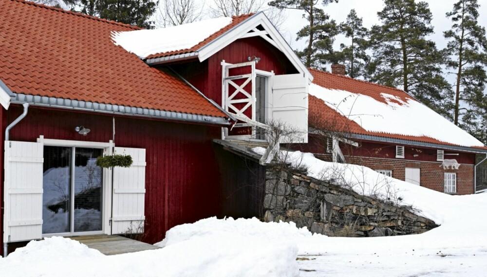 REAL LÅVE. Ombyggingen ble ferdig i 2004 og foregikk i to etapper. Først glasshytta og deretter boligen.