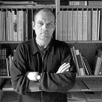 PRISVINNER. Carl-Viggo Hølmebakk  har flere ganger blitt tildelt viktige arkitekturpriser for sine arbeider. I år ble han hedret med den prestisjetunge Grosh-medaljen.