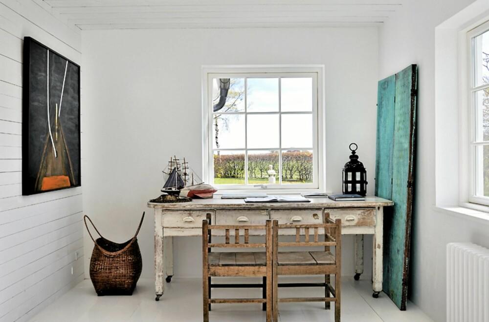 GAMLE MØBLER: Gamle og rustikke møbler er med på å bevare den gamle sjelen i huset