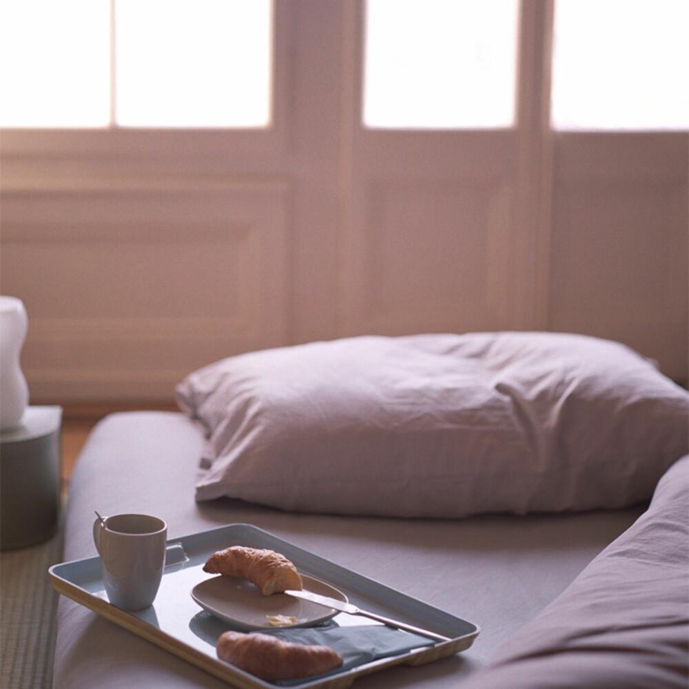 """DUSE DRØMMER: Interiørdronningen Kelly Hoppen, som også kalles """"dronningen av beige"""" flyr flagget for duse rolige farger på soverommet."""