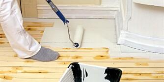 MALING AV GULV: Malte gulv er populært, men pass på å gjøre jobben riktig.