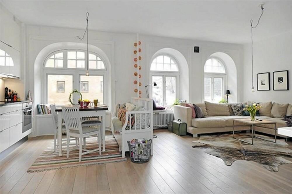 MYE LYS: Det var de gamle vinduene og lysforholdene som tiltrakk Petterson til leiligheten første gang.