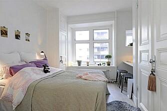 SOVEROM: Soverommet er lyst og delikat som resten av leiligheten