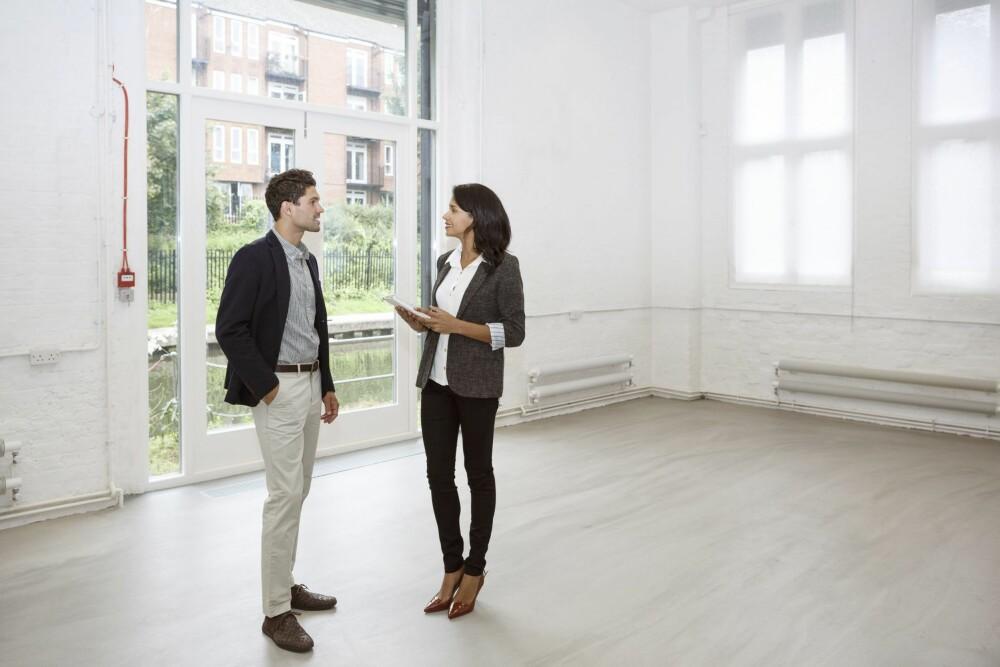- Det er temperaturen i boligmarkedet som avgjør omsetningshastigheten i bolighandelen, mener Carl O. Geving, administrerende direktør Norges Eiendomsmeglerforbund.