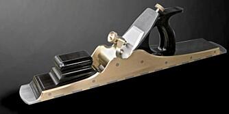 No.A2 JOINTING PLANE: Høvel fra  Sauer og Steiner Tool Works. Pris: fra 30 000 kroner
