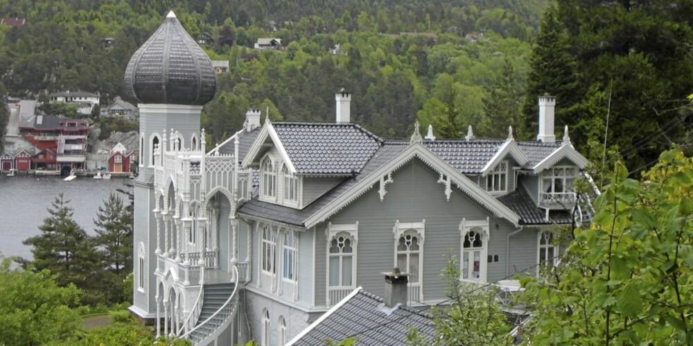 HISTORISMEN: Ole Bulls hjem på Lysøen utenfor Bergen, tegnet av arkitekt Conrad Fredrik von der Lippe