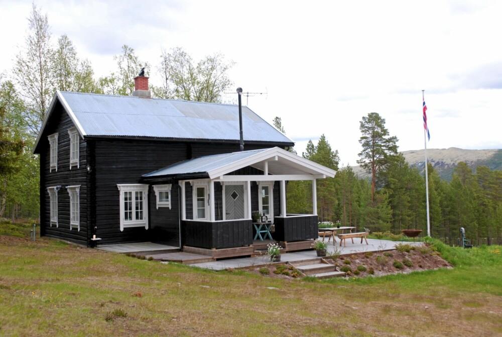 LANDSTED I SÆRKLASSE: Småbruket fra 1934 ligger på 780 m.o.h og har utsikt over et mykt, bølgende fjellterreng.