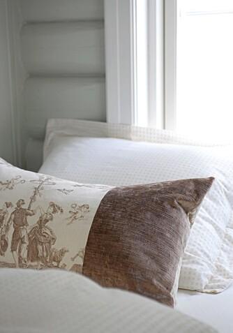 LIN FLERE STEDER: Putene er som gardinene laget i linstoff fra Green Apple.