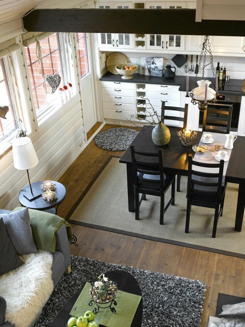 ROMSLIG: Med den nye kjøkken- og stueløsningen har  familien Gorgas fått et romsligere, lysere og mer praktisk interiør.