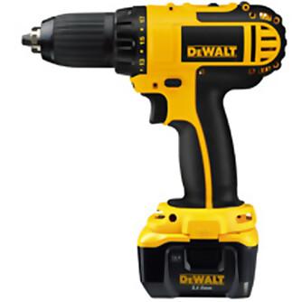 Batteridrill: 14,4 V Dewalt batteridrill til 2500 kroner inkludert et års garanti og fri service., normalpris 4500,-