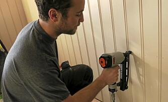 LETT OG EFFEKTIV: Der er lette og effektive, men du må håndtere kompressor og slange.
