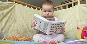 LESEOPPLÆRING: Babyer helt ned i 3 måneders alder kan lære å lese, mener spesialpedagog.