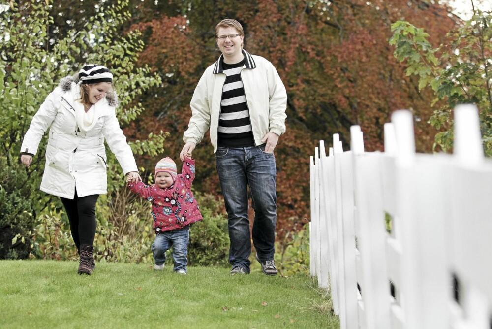 TAR ÉN DAG AV GANGEN: - Vi er evig takknemlige for at vi fikk beholde Elin, sier Hilde og Erik.