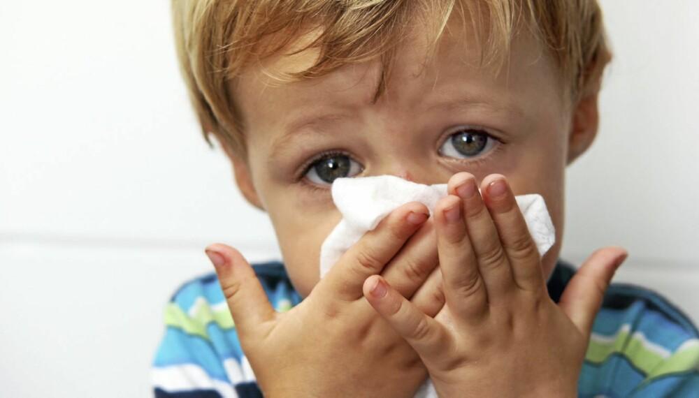IKKE HA DET FOR VARMT: For høy innetemperatur kan gå utover barnas helse. - Den mest komfortable temperaturen er 20-22 grader, sier barnelege Marianne Hanneborg Aas