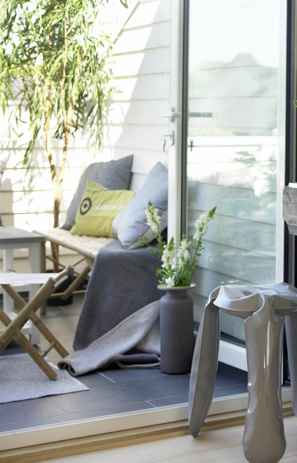 GRØNT: Skap en frodig uteplass med planter, kvister og urter.