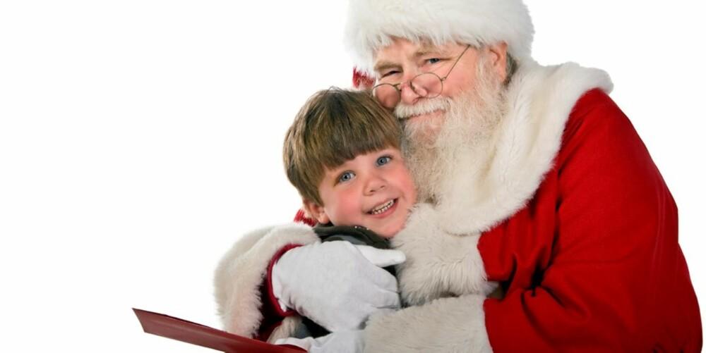 GODKLEM: Strekk gjerne ut armene, men la barnet bestemme om det vil komme eller ei. Noen tør, mens andre må vente til neste år.