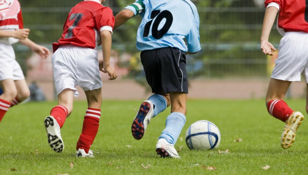 I AKTIVITET: Barna etablerer gode treningsvaner om de er med på organisert idrett, viser resultater av en avhandling.