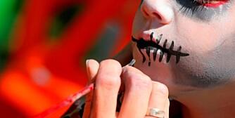 ANSIKTSMALING: Du kan godt male barnet ditt med giftfri maling i stedet for å kjøpe maske.