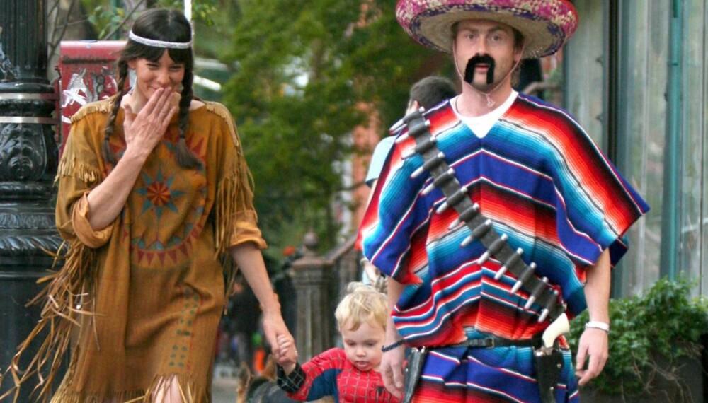 Indianer, meksikaner og Spiderman: Liv Tyler med mann og sønn