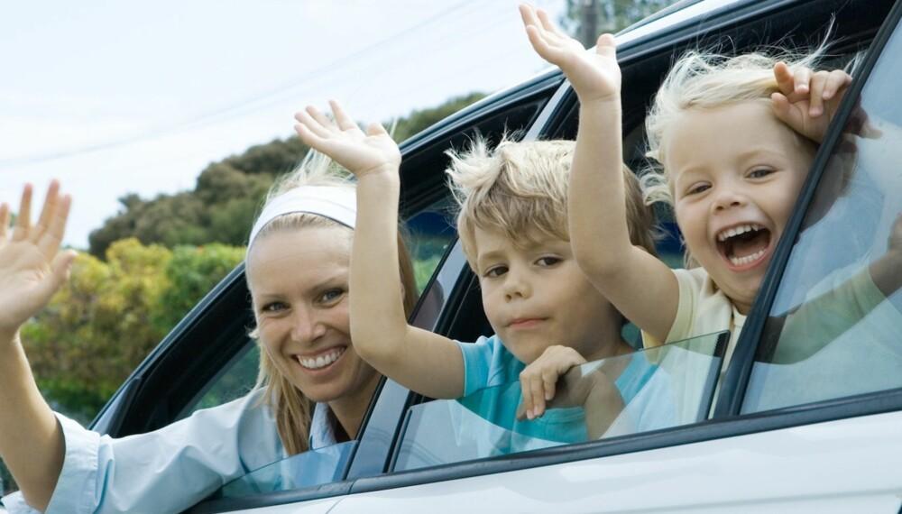 HADET, MAMMA OG PAPPA: Som hovedregel bør du vente to til tre år før du reiser fra minsten for første gang, mener barnepsykolog Elisabeth Gerhardsen.
