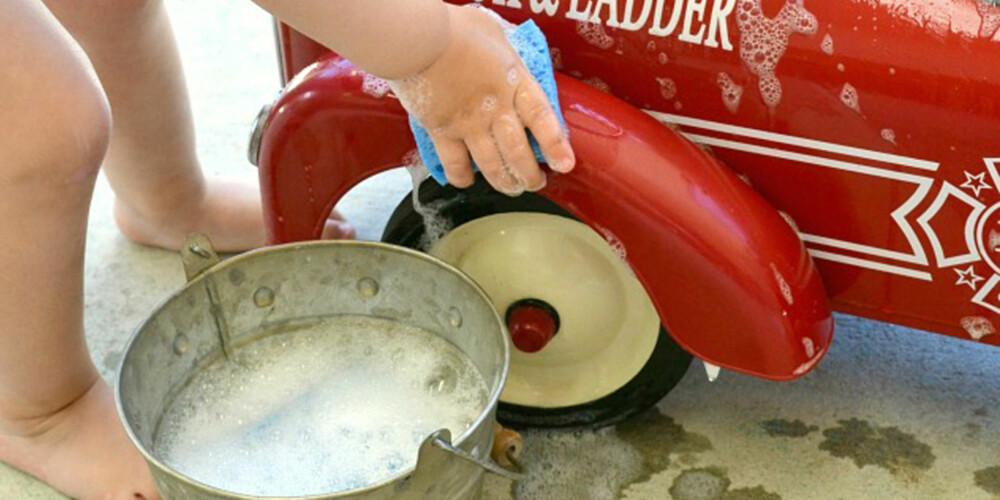 KJAPP RENGJØRING: I barnehager er de flinke med å vaske lekene om noen på avdelingen har vært syke. men gjør du det samme hjemme?